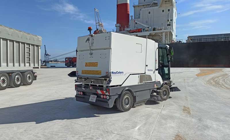 Barredora dulevo 3000 para sílice en el puerto