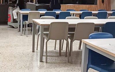 Solucionamos el problema de limpieza para este colegio de Valencia con la fregadora compacta automática.
